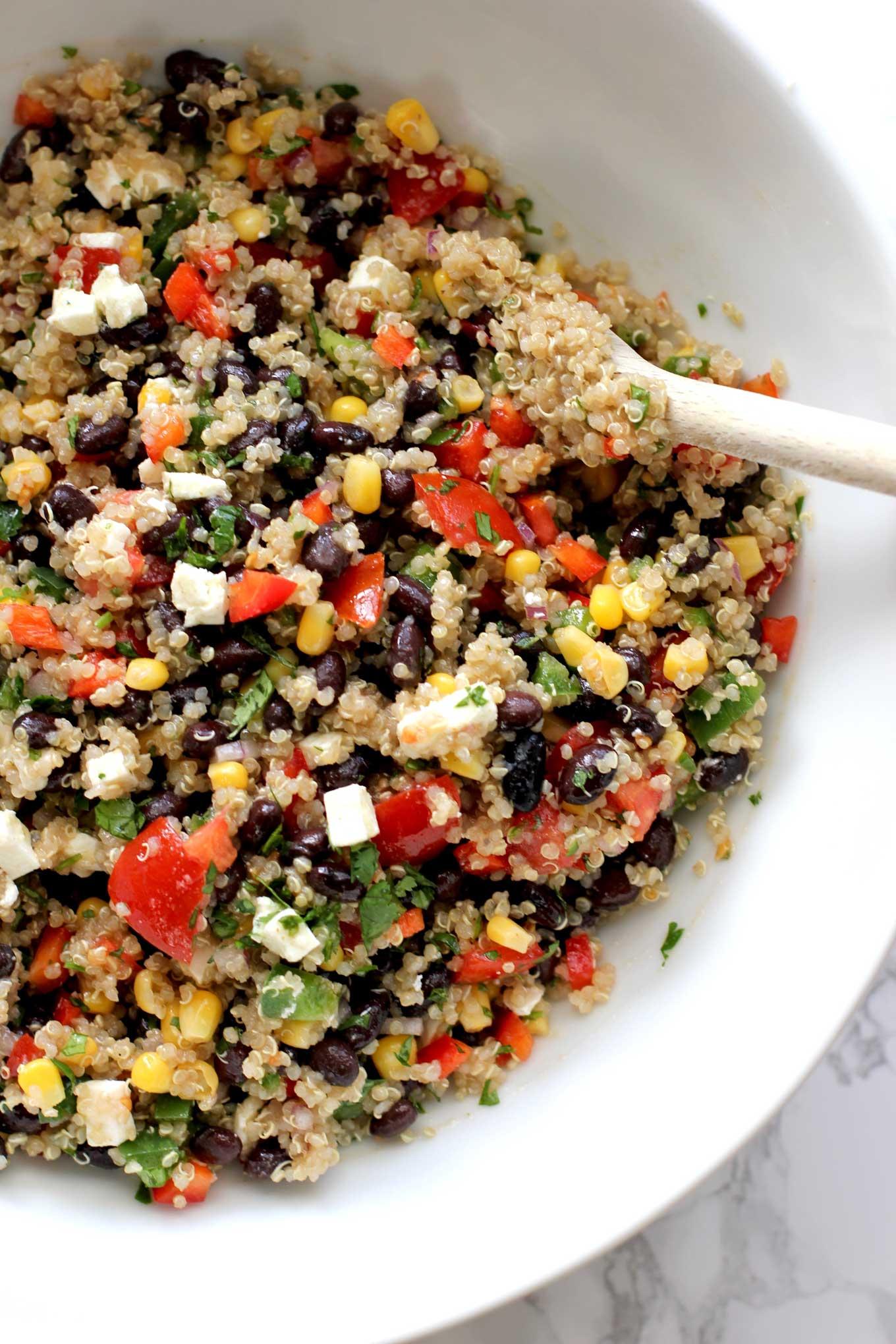 Southwestern-Quinoa-Salad-Bowl
